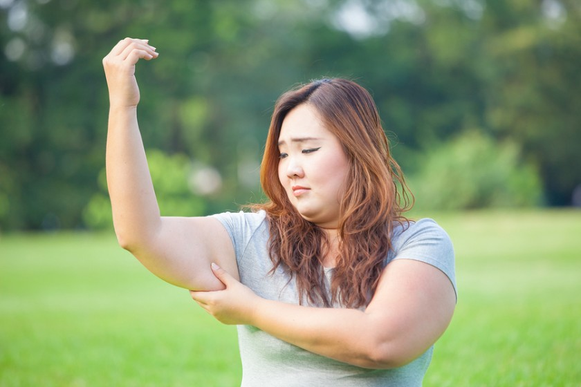 How to lose arm fat? 4 best exercises to get toned arms fast.